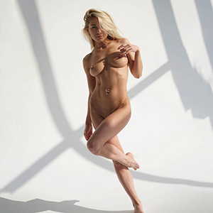 Top model Katie call girls 7 Escort Berlin kissing with tongue, hotel bookings with sympathy