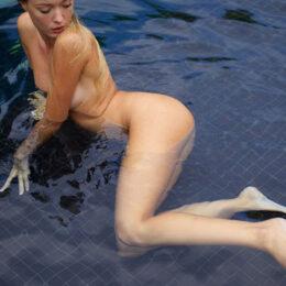Luxury lady Corin call girls 7 escort Berlin meet different sex roles apartments